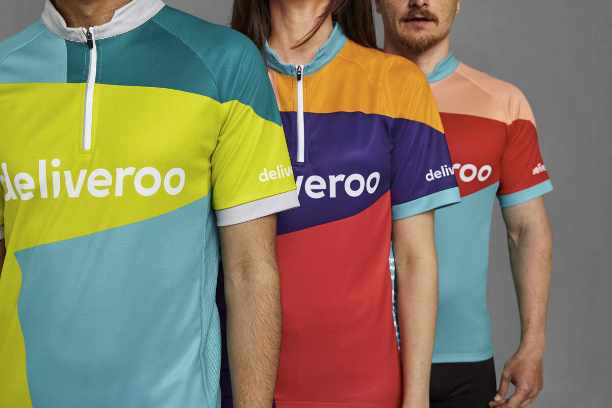 Deliveroo, nuova identity: kit per i rider